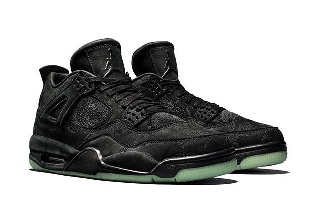 brand new 9b09e 84e77 This Week's Sneaker Releases : KAWS x Jordan 4, Air Jordan ...