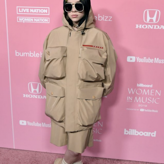 Billie Eilish Outfit - Billboard Music Awards 2019